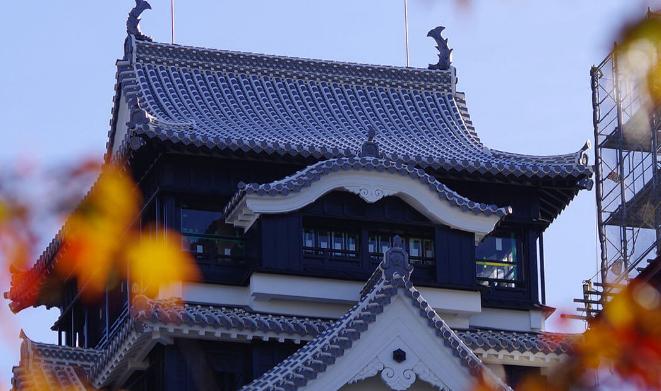 画像に alt 属性が指定されていません。ファイル名: 熊本城復興.png